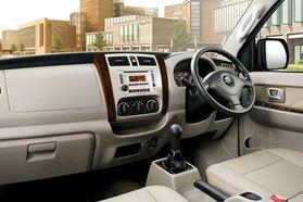 Interior APV Luxury (2)