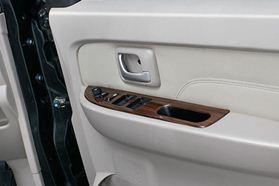 Interior APV Luxury (3)